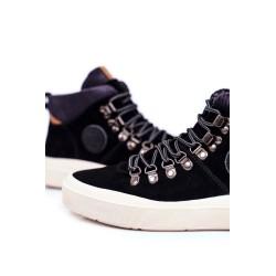Palaidinė su spalvingu oranžiniu neonu
