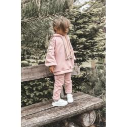Negabaritinis megztinis su asimetriškais grafito šonais